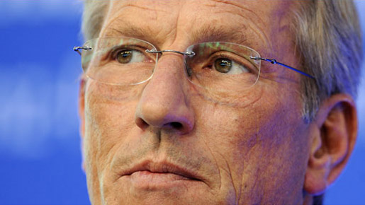 Diekmann's appointment as CEO of Allianz, in 2003, was a surprise that no-one expected. Henning Schulte-Noelle, retiring CEO, had been a figurehead in Germany, Diekmann was a relatively unknown figure