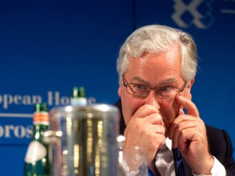 Mervyn King and his colleagues on the Monetary Policy Committee have decided it's time for one last glorious but futile gesture to raise the whole tone of the war