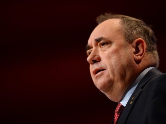 When it comes to which currency a potentially independent Scotland will use, an indecisive Alex Salmond is stuck between a rock and a hard place. Call it euro, call it sterling, it may be better to call the whole thing off