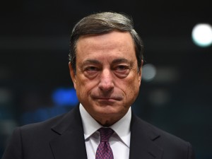 As the Eurozone faces intense pressure as oil prices dip, the ECB is rapidly gaining support for a proposed quantitative easing programme - advocated by its President Mario Draghi