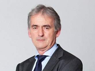 Rocked by strikes and violent employee protests, Air France is not the giant it once was. Restoring calm and financial growth is proving a huge challenge for CEO Frédéric Gagey