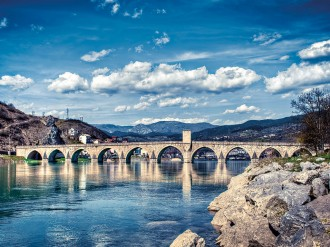 More than two decades on from the civil war that tore the country apart, Bosnia-Herzegovina is still a divided nation in many senses. In order to push forward, the country must unite to develop a strong economic base
