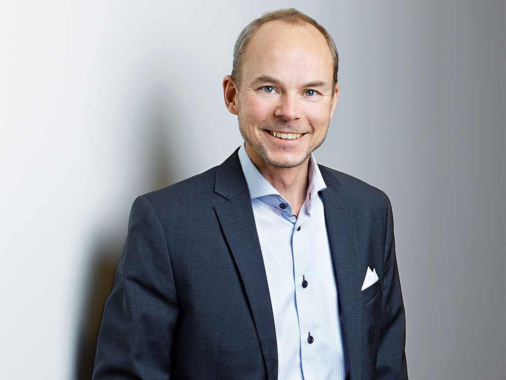 As cigarettes face increasing regulation and a diminished customer base, under Lars Dahlgren's leadership Swedish Match is looking ahead to a smoke-free tobacco industry
