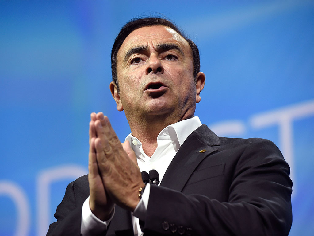 Analyses the leadership of Carlos Ghosn, CEO of Nissan Motor Corporation Essay