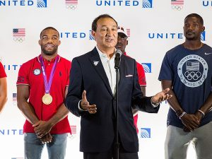CEO of United Airlines Oscar Munoz is fighting to restore the airline's reputation, as well as his own, after a video showing a passenger being dragged from a United Airlines plane sparked international outrage