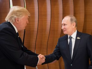Donald Trump and Vladimir Putin recently exchanged a handshake that was analysed by world experts. What tips can we learn from their encounter?