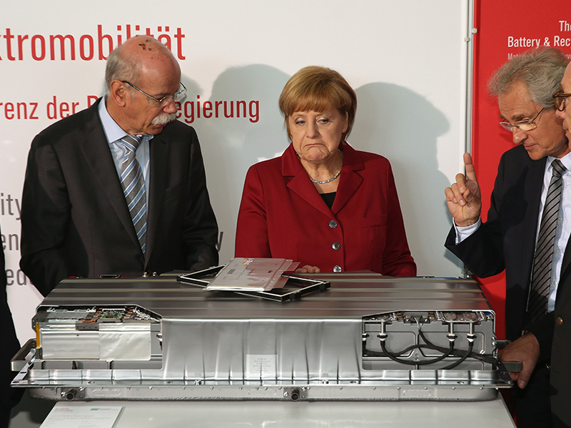 Merkel hardens stance on auto industry ahead of election
