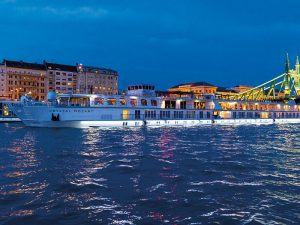 Cruise control: the benefits of luxury travel incentives