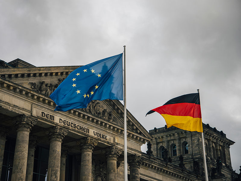 New German government will not alter Brexit policy, official says