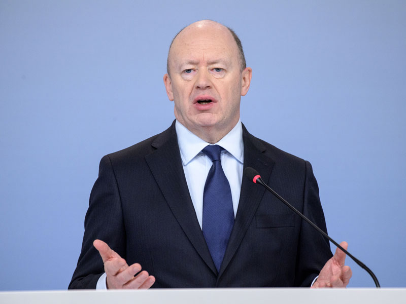 John Cryan, then-CEO of Deutsche Bank, speaking to the media about the company's €500m losses in 2017