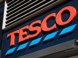 Tesco is poised to cut up to 15,000 jobs as part of a €1.7bn cost-saving strategy as it struggles in the face of competition from budget supermarkets and the e-commerce
