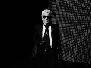 Fashion icon and Chanel designer Karl Lagerfeld dies aged 85