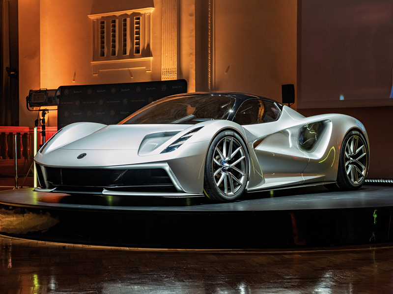 Luxury Sports Cars >> Electric Sports Cars Combining Power Innovation With